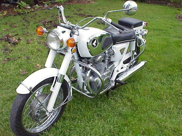 very nice Honda 305 Dream from